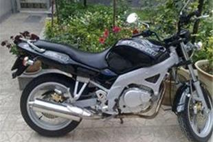 فروش و تعمیرات انواع موتور سیکلت، فروش انواع قطعات