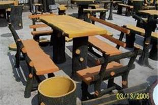 صندلی بتونی طرح چوب