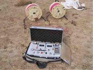 تعیین محل حفر چاه و آبیابی به روش ژئوفیزیک