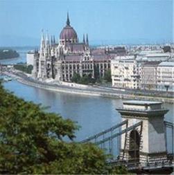 تور اروپا / مجارستان ، اتریش ، جمهوری چک ، 10 روزه - 1