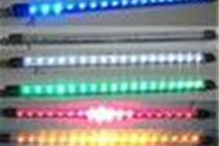 نورپردازی کف اتومبیل باLED لیزری