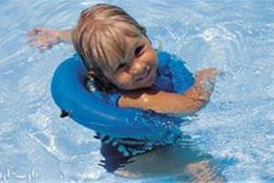 آموزش شنا و آب درمانی