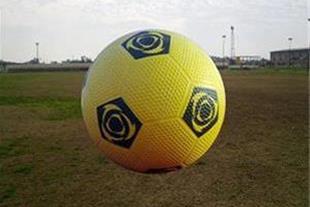 توپ فوتبال لاستیکی مخصوص آسفالت