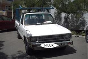 تویوتا هایلوکس 83