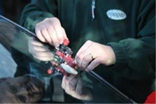 تعمیر و ترمیم شیشه اتومبیل