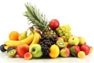 خرید و فروش میوه از جمله سیب، کیوی، پرتقال، نارنگی