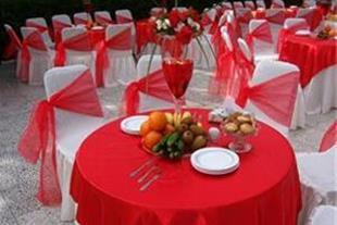 طبخ و سرویس دهی کامل از مراسمهات شما