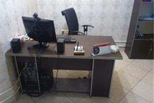 میز و صندلی دفتر کار تقریبا نو