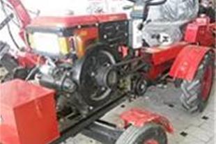 تراکتور چهار چرخ با موتور تک سیلندر