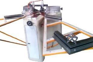 طراحی و ساخت ماشین آلات صنایع آلومینیوم-پانچ گوشه