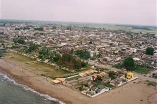 زمین ساحلی با موقیعت عالی،لب دریا،دارای سند مالکیت