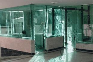 شیشه سکوریت - درب سکوریت - شیشه های ساختمانی
