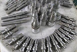 تراش قطعات صنعتی و ماشین آلات سنگین - سری تراشی