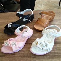 فروش کفش بچه گانه اعلاء با قیمت خیلی پایین