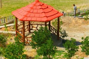 آلاچیق ، باربیکیو و مبلمان شهری در اصفهان