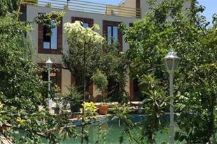 3000 متر باغ ویلا با 500 متر بنا (کد139) - 1