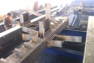 ساخت و نصب سازه های فلزی و سوله - 1