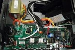 عیب یابی و تعمیر برد مدارات الکترونیکی