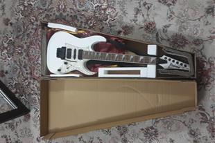 فروش اقساطی گیتار الکتریک عالی و مناسب