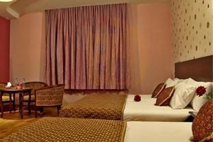 هتل باباطاهر همدان