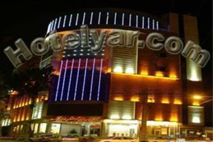 هتل رنگین کمان خرم آباد