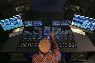 آهنگسازی و تنظیم موسیقی ، میکس و مسترینگ با بالاتر