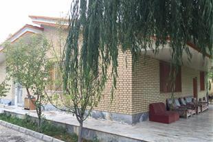 2400 متر باغ ویلا با 200 متر بنا (کد228) - 1