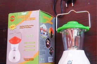 لامپ مسافرتی یک فانوس LED پرنور و همراه