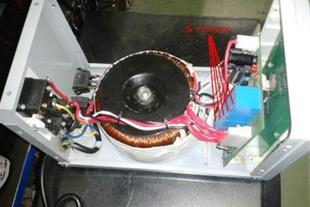 ترانس تثبیت کننده ولتاژ