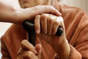 خدمات پرستاری و مراقبتی در منزل