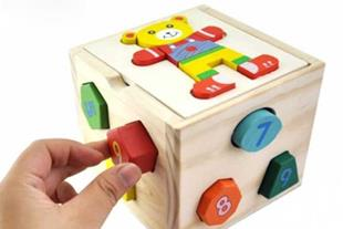 جاگذاری اعداد و اشکال مکعبی با طرح خرس کوچولو