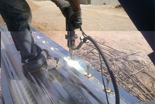 اجرای حرفه ای و تضمینی عرشه فولادی