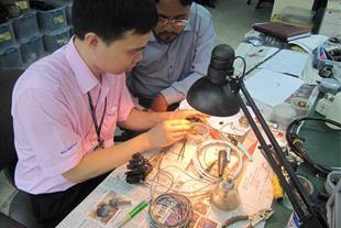 تعمیرات تخصصی تجهیزات شبکه و مخابراتی