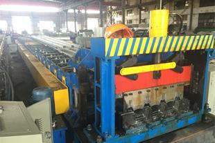 فروش جدیدترین دستگاه های تولید عرشه فولادی