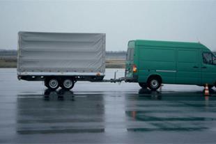 وسیله نقلیه پیرو ، یدک کش سواری ، وانت ،کامیون ...