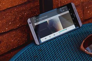 گوشی موبایل اچتیسی مدل One E9s دو سیم کارت