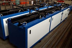 تولید انواع ماشین آلات دستمال کاغذی ، جعبه چسبان