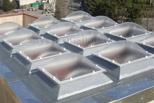 سایه روشن- مجری سقف های سبک نورگیر حیاط خلوت استخر