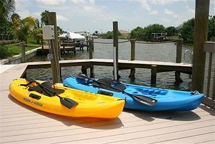 قایق - قایق مسابقه ای - قایق موتوری -قایق ماهیگیری