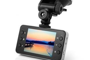 دوربین فیلمبرداری مانیتور دار مخصوص خودرو مدل K600