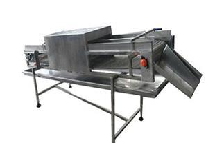 دستگاه شستشو و آبچکان قطعات مرغ