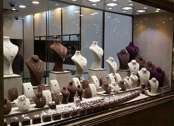 تولید ویترین طلا و جواهر فروشی - 1