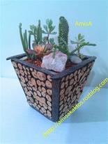 گلدان مربعی چوبی 2