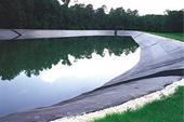 ساخت استخر ذخیره آب کشاورزی و صنعتی