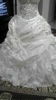 فروش لباس عروس دوتیکه دکلته همراه با ژپون کت شنل