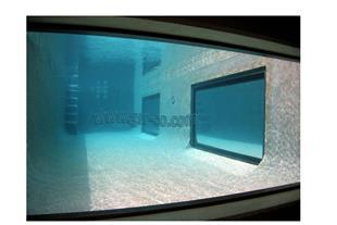 استخر شیشه ای، حوضچه شیشه ای 77412635