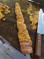 سر آشپز درجه یک غذای ایرانی و فست فود