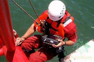 اجرای خدمات فنی و صنعتی کار در ارتفاع با طناب