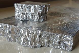 فلز بیسموت
