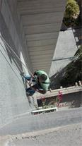 کار در ارتفاع با طناب بدون داربست